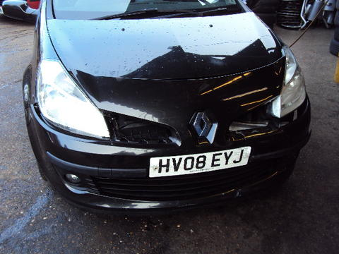 Breaking Renault Clio Turbo for spares #1