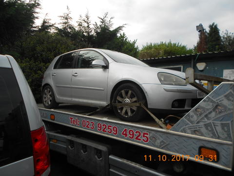 Breaking Volkswagen Golf Mk5 for spares #2