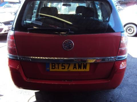 Breaking Vauxhall Zafira for spares #3