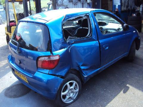 Breaking Toyota Yaris for spares #4