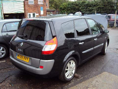 Breaking Renault Scenic 1.9 dci for spares #4