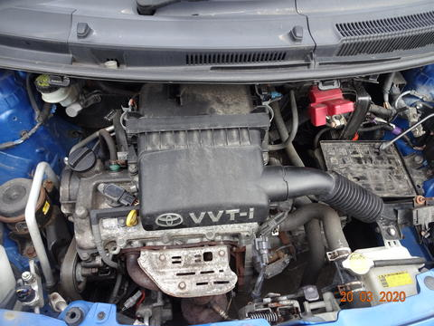 Breaking Toyota Yaris for spares #5